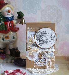 новогодняя открытка со снеговиком