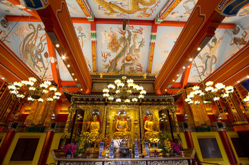 Гонконг. В храме По Линь.