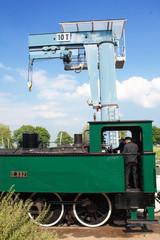 Locomotive à vapeur, 1909, en arrivée à la gare de St Valéry