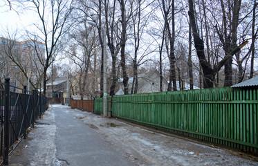 Поселок Сокол, улица Кипренского (Москва) зимним пасмурным днем