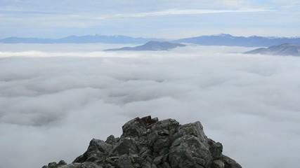 zirve başarısı&sis bulutları