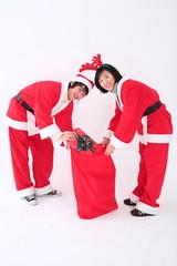 산타복장을 한 커플