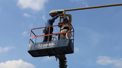 Technician to repair street lighting