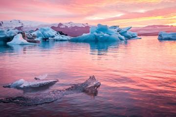 Iceland, Jokulsarlon Glacier Lagoon at sunset