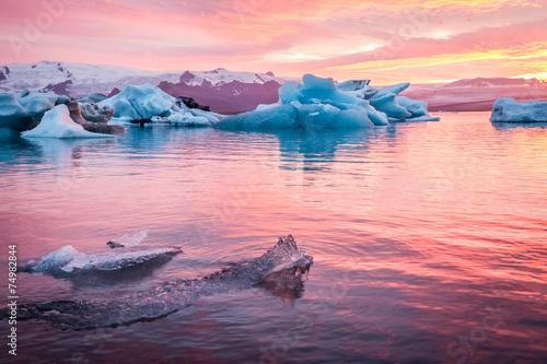 Leinwanddruck Bild Iceland, Jokulsarlon Glacier Lagoon at sunset