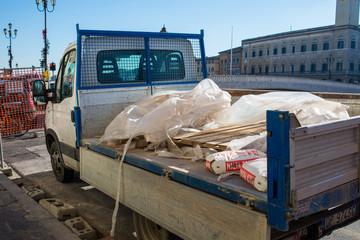 automezzo ditta edile, costruzioni, furgone