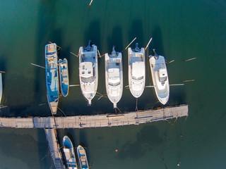 桟橋のボート