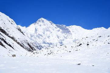 Непал, Гималаи, вид на пик Чо-Ойю, 8210 метров
