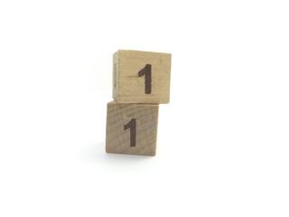 数字・11・キューブ
