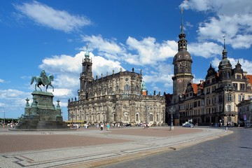 Monument to King John, Church and Dresden Castle