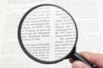 black magnifier