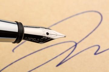 Unterschrift und Füllhalter