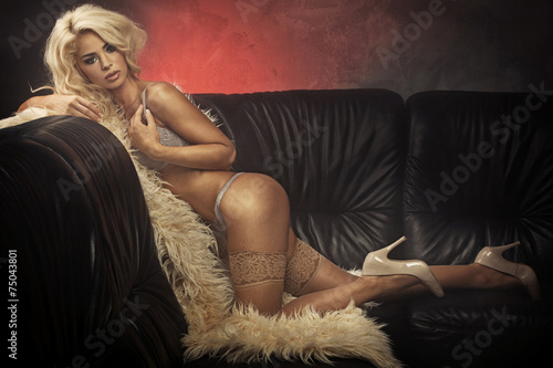 Portrait of an alluring half naked lady - 75043801