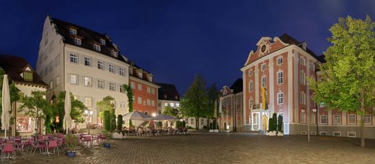 Bodensee Meersburg Panorama beleuchtet Schlossplatz