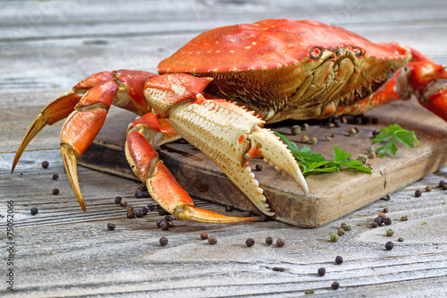 Poster, Tablou Steamed Crab on Server Board