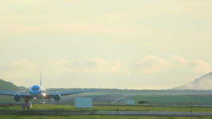 �n the runway