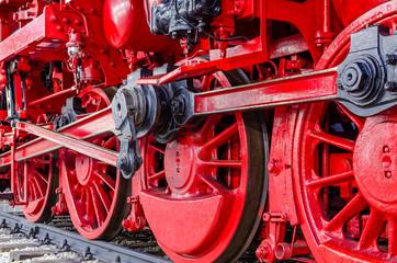Dampf-Antrieb in Rot