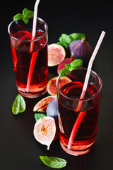 beverage and  ripe figs