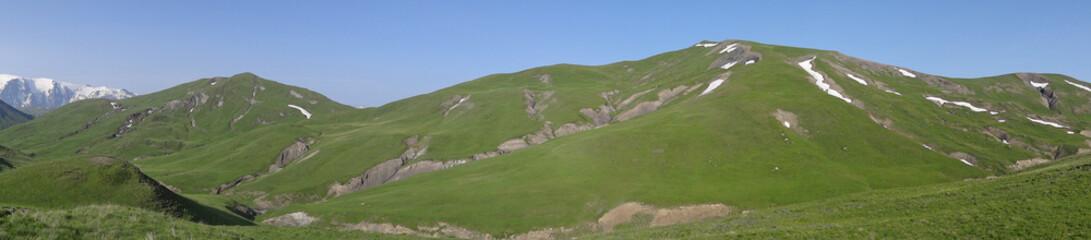 Paysage panoramique dans les Alpes