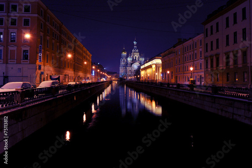 Foto op Canvas Violet Night new year's view of the Church of the Savior on blood in St