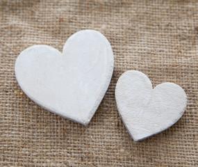 deux cers blanc en bois simplicité