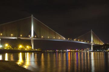 Вьетнам. Халонг. Вантовый мост