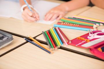 Buntstifte in der Grundschule