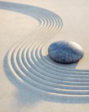 Kamieni i piasku fale w formacie pionowym