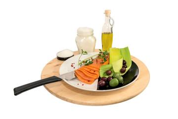 Centrotavola in legno con  piatto di salmone affumicato