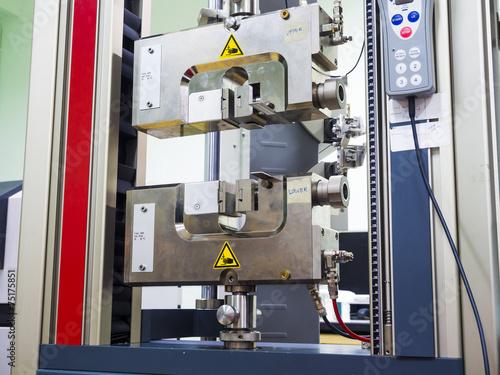 engineering testing machine, tensile strength test