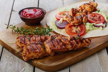 grilled chicken shawarma with sauce