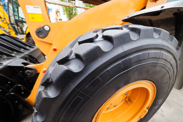 tractor wheel and tire
