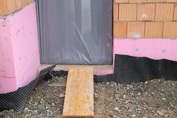 Hausbau: Rampe für Schubkarren