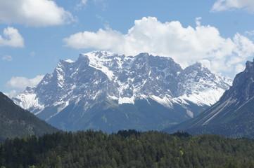 Zugspitze v. Zugspitzblick