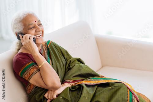 Funny phone call - 75216698