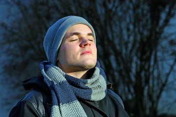 Sonnenbad im Winter