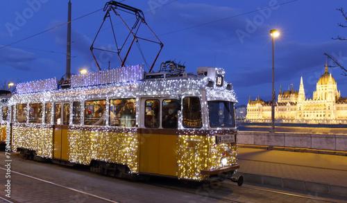 Light tram in Budapest - 75240802