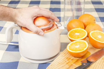 Squeezing oranges