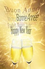 Happy New Year mit Sektgläsern