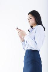 事務職の若い女性