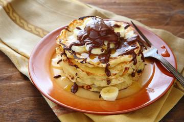 pancakes with banana and chocolate