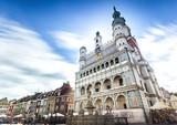 Historyczny Ratusz w Poznaniu położony w samym środku głównego placu