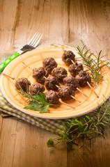 meatballs skewers with herbs