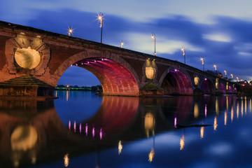 Lumière sur le pont Neuf de Toulouse