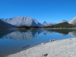 Upper Kaananaskis Lake Hike