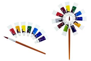 Набор краски и кисточка