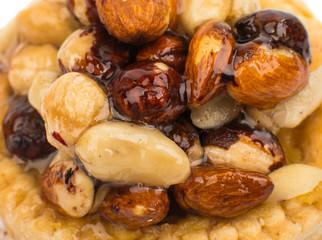 Caramelized nuts cupcake