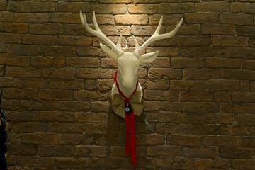 Tuğla Duvar ve Noel Geyiği