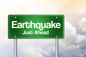 Earthquake Green Road Sign Concept