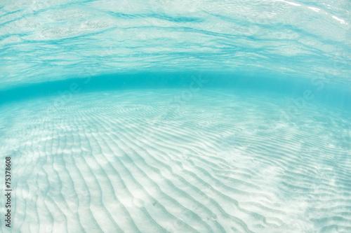 Leinwanddruck Bild Sand and Caribbean Sea